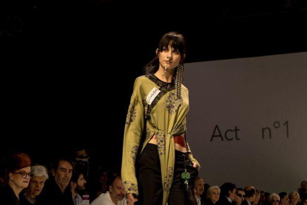ACT N 1, PH. Lucilla Loiotile