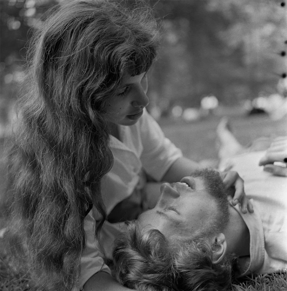 Angel Lust, New York, 1958, photo credit Larry Fink
