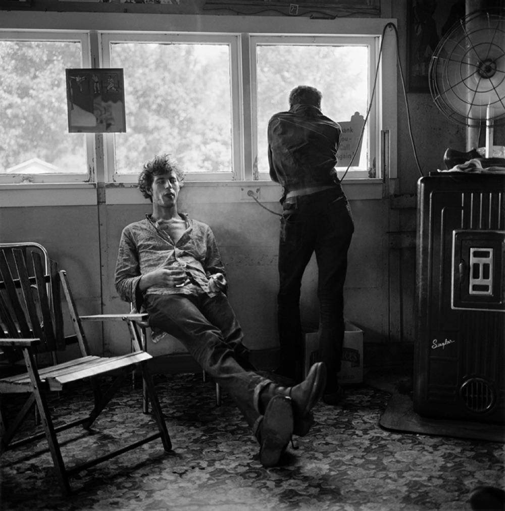 Angels of Death, Missouri, 1958, photo credit Larry Fink