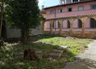 CasermArcheologica, Il cortile interno di Palazzo Muglioni