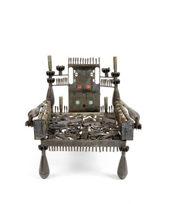 Gonçalo Mabunda, Weapon Throne II, metal and recycled weapons, 2015