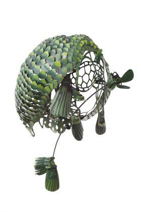 Hanna Hedman, spilla While theyawait extinction, 2011. Argento, rame, pittura