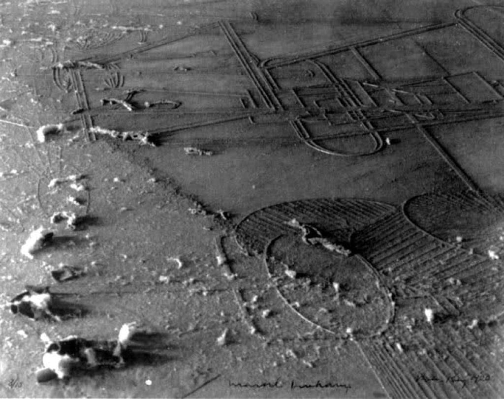 Man Ray, Allevamento di polvere, 1920. Dettaglio del Grande vetro di Marcel Duchamp