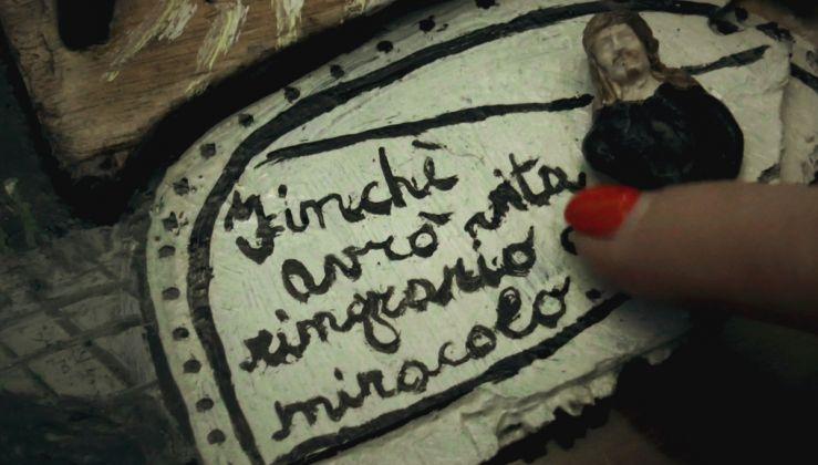 Maurizio Finotto, La lingua dei miracoli. Still da video
