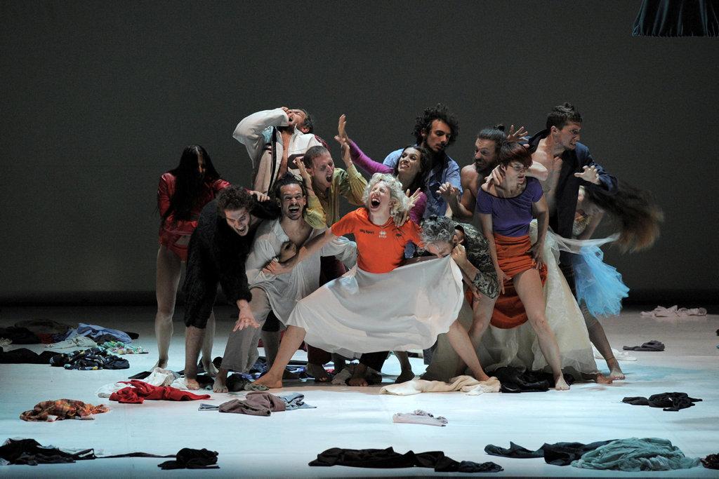 Michela Lucenti per Balletto Civile, Nell'aere – Inferno #5, Mittelfest 2017, photo Luca A. d'Agostino © Phocus Agency