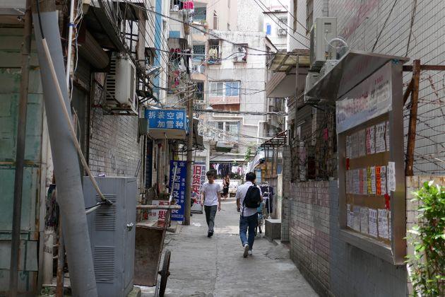 Sabrina Muzi, Baishizhou a Shenzhen, Cina