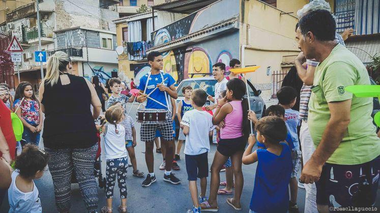 Un momento della parata circense, Danisinni, Palermo, photo Rossella Puccio