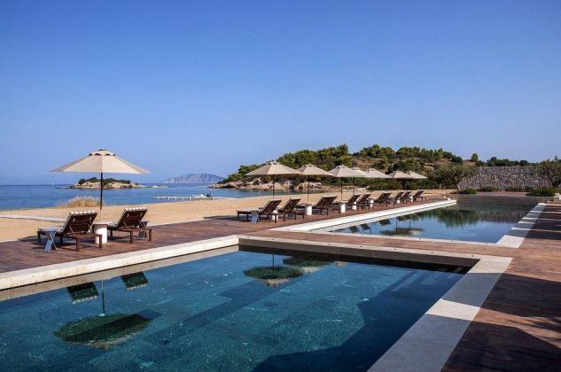 Una veduta del resort Amanzoe