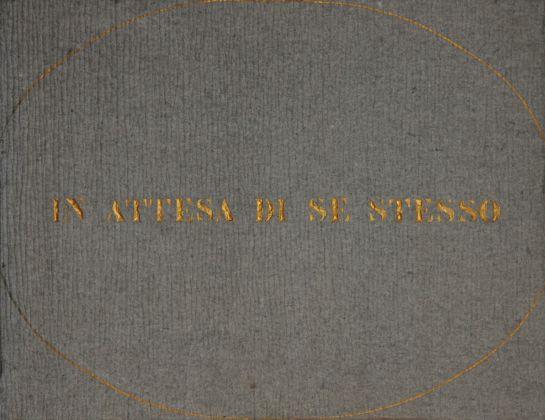 Vincenzo Agnetti, Ritratto di uomo, 1971 (80 x 120 cm). Courtesy Archivio Vincenzo Agnetti