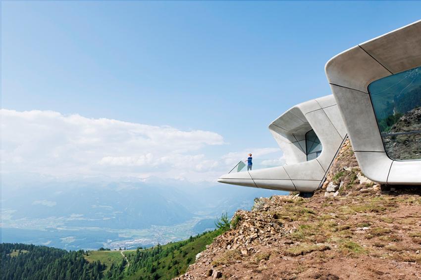 Zaha Hadid, Museo della montagna Messner, Corones Kronplaz Sud Tirolo 2015, foto Werner Huthmacher courtesy Studio Zaha Hadid