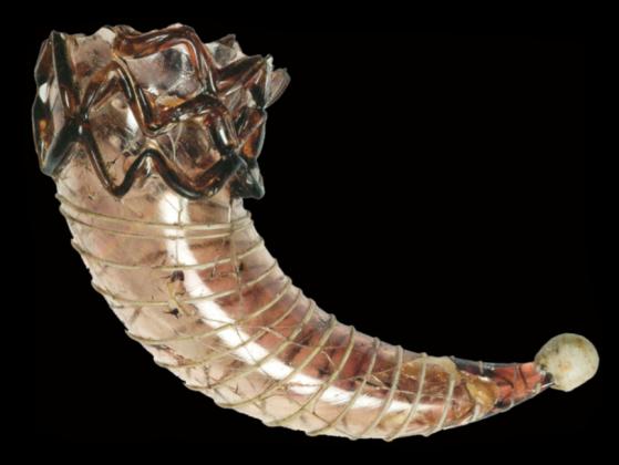 Corno potorio in vetro. Cividale del Friuli, Museo Archeologico Nazionale