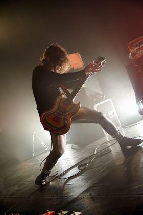 Dave W. live. Photo Yann Cabello
