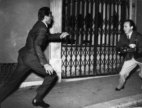 Elio Sorci, Walter Chiari e Tazio Secchiaroli, Roma, 1958. ©Tazio Secchiaroli David Secchiaroli