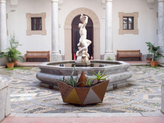 Gabriella Ciancimino, All'allerbaggio (boats), 2017. Veduta dell'installazione al Museo Salinas di Palermo. Courtesy l'artista. Photo Costanza Arena e Roberto Salvaggio