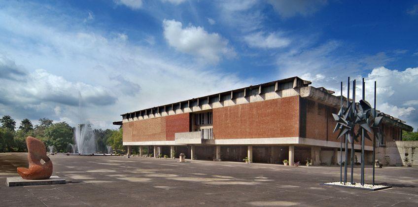 Museo del Governo e Galleria d'Arte, Le Corbusier (Charles-Édouard Jeanneret, 1968), Chandigarh, India