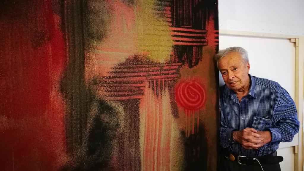 L'artista Mohsen Vaziri nel suo studio, luglio 2017. Photo Hamoun Vaziri