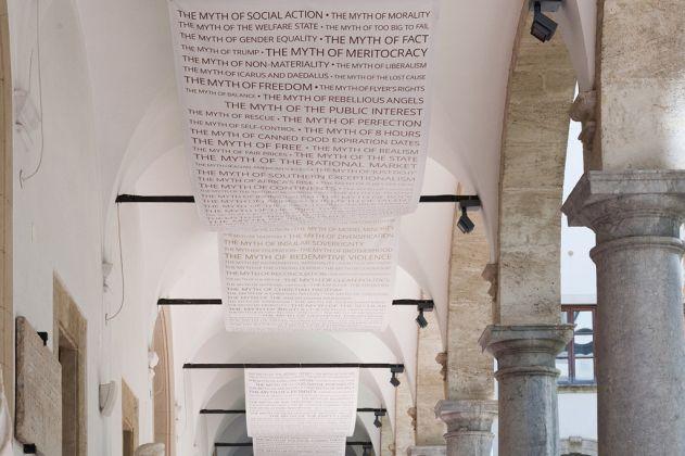 Marianna Christofides, Io non sono un robot, 2017. Veduta dell'installazione al Museo Salinas di Palermo. Courtesy l'artista. Photo Iole Carollo