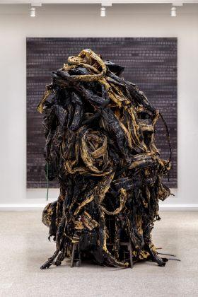 Mark Bradford, Medusa, 2016. Photo Joshua White, Courtesy the artist and Hauser & Wirth