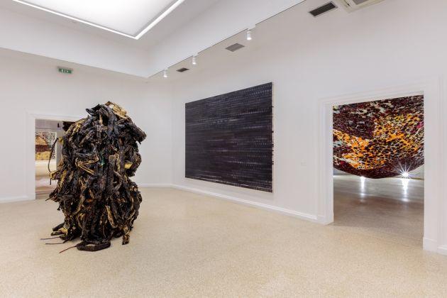Mark Bradford, Tomorrow Is Another Day, La Biennale di Venezia, U.S. Pavilion, 2017. Photo Joshua White, Courtesy the artist and Hauser & Wirth