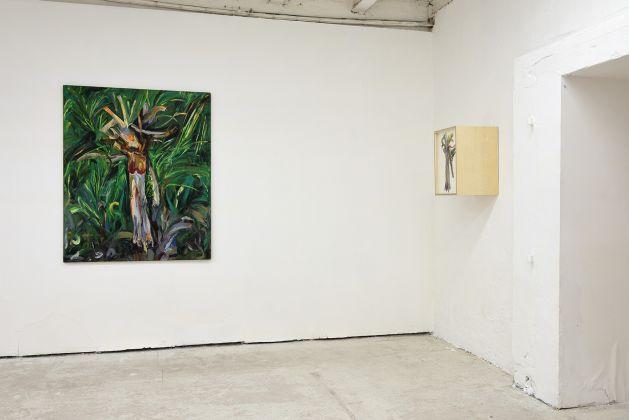 Matteo Fato, (Somersault), installation view at Galleria Michela Rizzo, Venezia 2017, photo Michele Alberto Sereni
