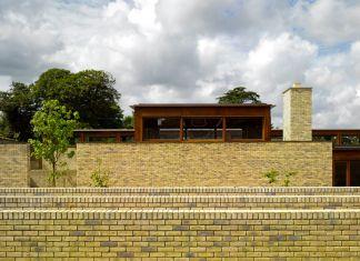 Niall McLaughlin Architects, Alzheimer's Respite Centre, Dublin0 2009. Photo (c) Nick Kane