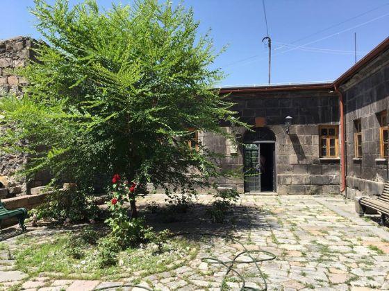 Villa Kars, Gyumri