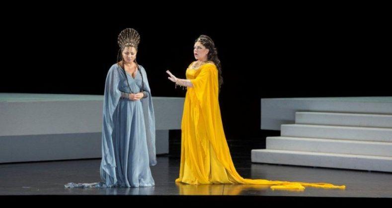 Aida. Regia di Shirin Neshat, 2017. Anna Netrebko ed Ekaterina Semenchuk