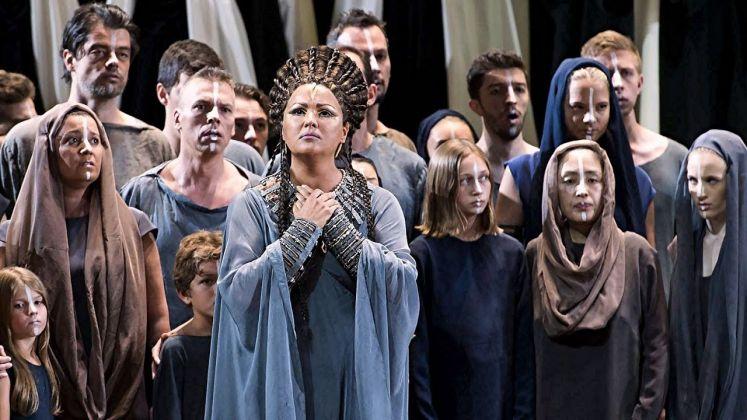 Aida. Regia di Shirin Neshat, 2017. La soprano Anna Netrebko