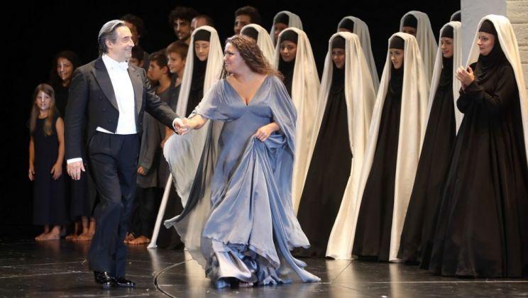 Aida. Regia di Shirin Neshat, 2017. Riccardo Muti e Anna Netrebko. Photo Monika Rittershaus
