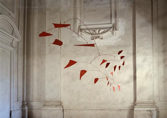 Alexander Calder, Grande Mobile Rosso S422 Studio Gonella, 1987