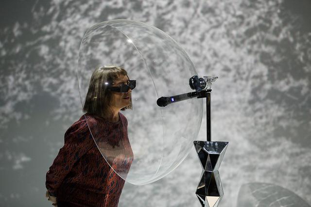 Ars Electronica 2017. Victoria Vesna Charles Taylor Takashi Ikegami Hiroo Iwata Reiji Suzuki, Bird Song Diamond. Photo Florian Voggeneder