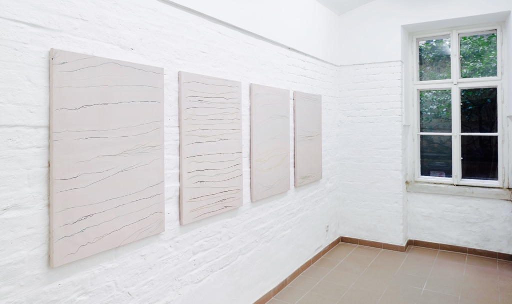 Dino Znerc. Paintings. Exhibition view at Vin Vin Gallery, Vienna. Photo Gregor Titze