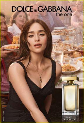 Emilia Clarke protagonista della campagna Dolce e Gabbana per The One