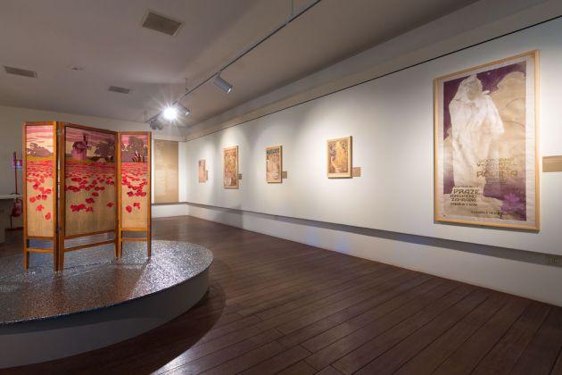 Il Liberty e la rivoluzione europea delle arti. Dal Museo delle Arti Decorative di Praga. Exhibition view at Scuderie e Museo Storico del Castello di Miramare, Trieste 2017