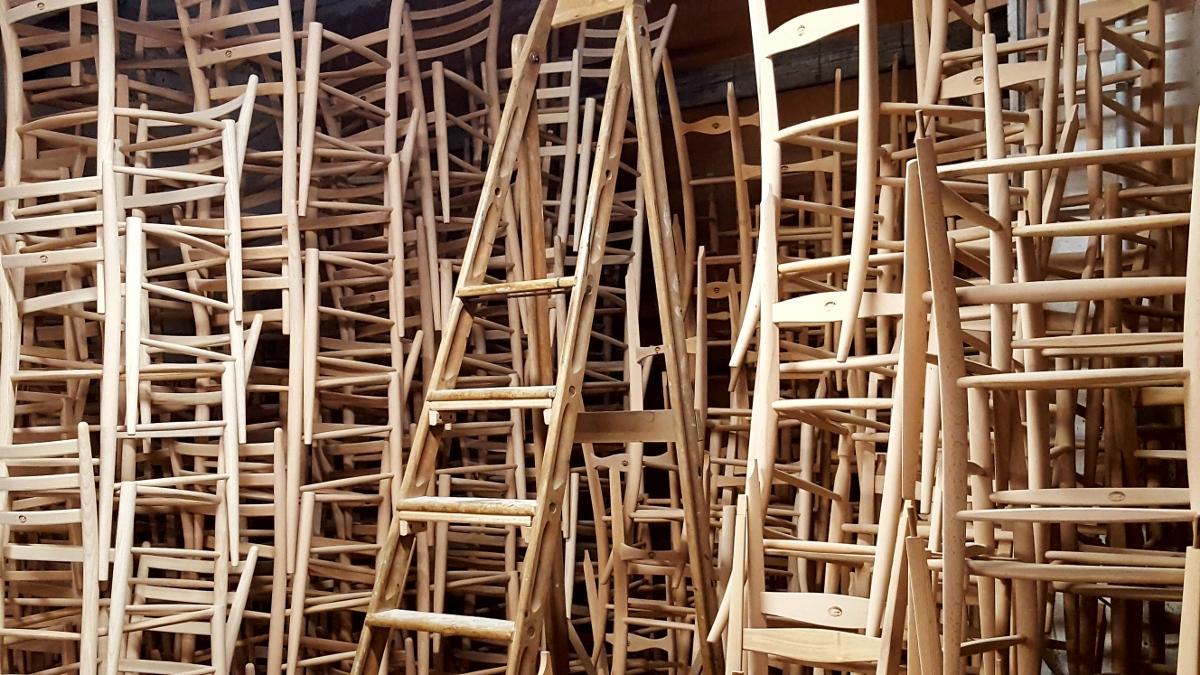 A chiavari un polo per l 39 arte contemporanea artribune for Sedie di design 2017