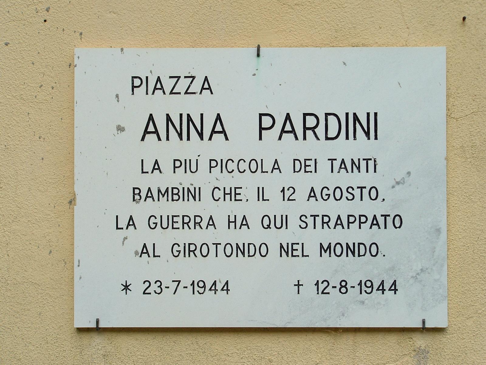 Targa in Piazza Anna Pardini, Sant'Anna di Stazzema, Lucca