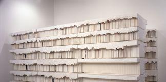 Rachel Whiteread, Untitled (Book Corridors) 1997-8 Plaster and steel 2220 x 4270 x 5230 mm Kunstsammlung Nordrhein-Westfalen, Düsseldorf, Photograph courtesy of the artist © Rachel Whiteread