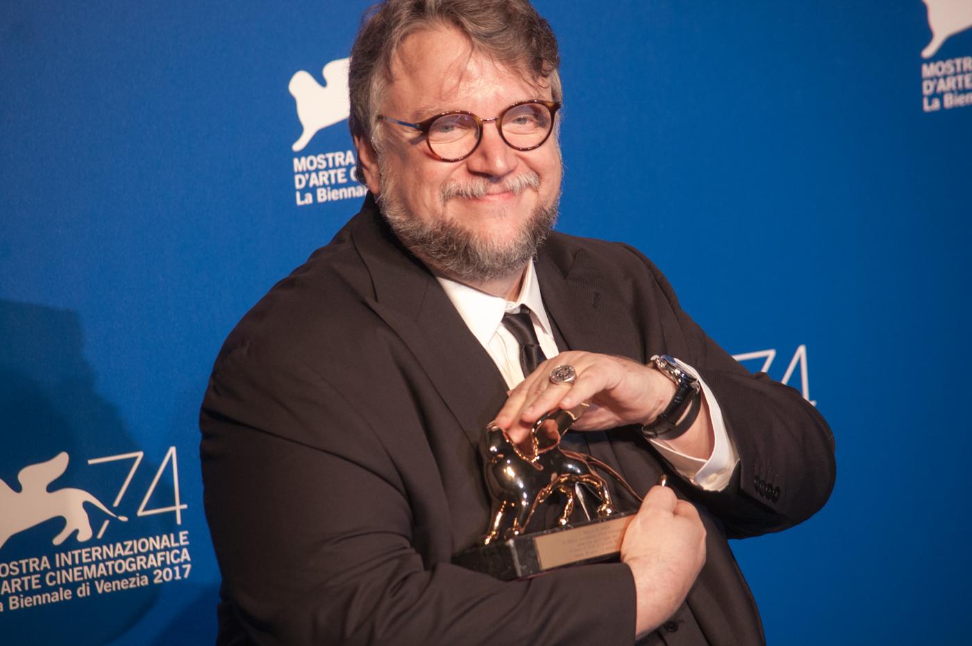 Venezia 74, foto Irene Fanizza : il Leone d'Oro a Guillermo del Toro