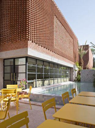 Terrasse du café « Le Studio », mYSLm © Fondation Jardin Majorelle / Photo Nicolas Mathéus
