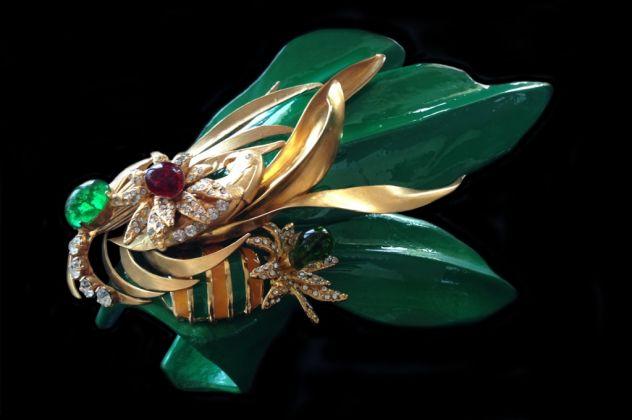 Bracciale, legno di balsa, ottone galvanizzato oro opaco, strass Swarovski crystal, pasta di vetro, primavera-estate 1993