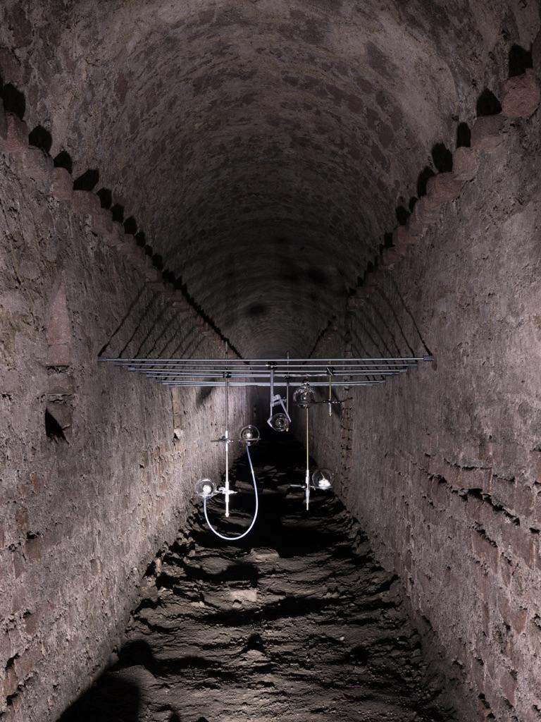 Clémence de La Tour du Pin. Sept préludes. Installation view at Fortezza Sotterranea del Pastiss, Torino 2017. Courtesy l'artista e Treti Galaxie. Photo Delfino Sisto Legnani e Marco Cappelletti
