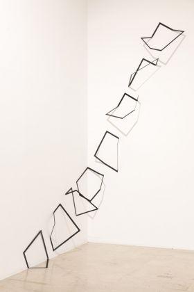 Grazia Varisco. Allineamenti scorrevoli ricorrenti. Installation view at La Triennale di Milano, 2017. Photo © Gianluca Di Ioia