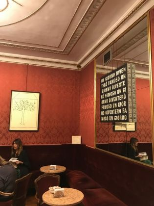 In ostaggio di loro stessi Gianni Colosimo, Caffè Fiorio, Torino, photo Claudia Giraud