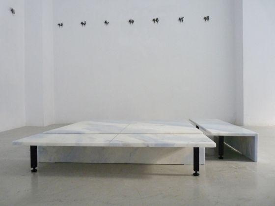 Massimo Bartolini. Bio Biblio. Installation view at Galería Bacelos, Madrid 2017