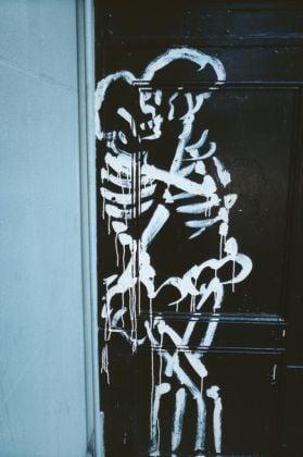 Nan Goldin, Skeletons coupling, New York City, 1983 © Nan Goldin