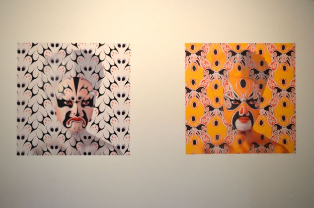 ORLAN, Self hybridations. Masques de l'Opéra de Pékin, 2014