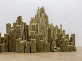 Void, Orgue basaltique, 2017, photo Nico Covre e Galleria Massimodeluca