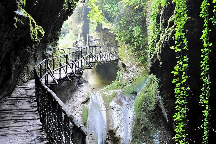 Grotte del Caglieron, Foto di Tiziana De Conti © FAI Fondo Ambiente Italiano