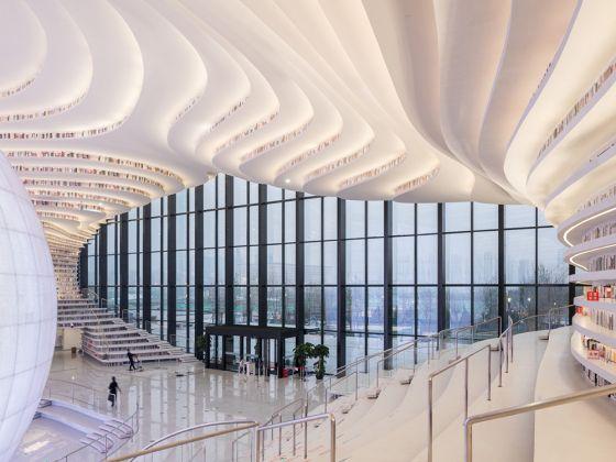 Tianjin Binhai Library. Courtesy Photo Ossip van Duivenbode