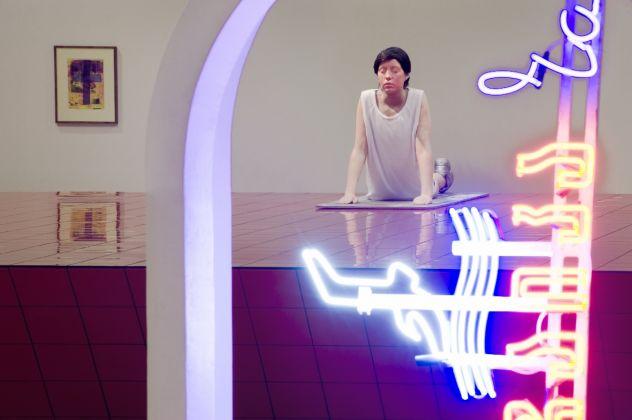 Andro Wekua Pink Wave Hunter / Kunsthalle Fridericianum / Kassel / 2011